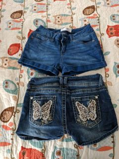 2 pair of Shorts~ size 7