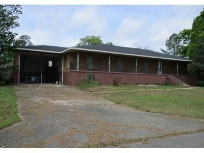 3 Bed 2.5 Bath Foreclosure Property in Houma, LA 70363 - Woodside Dr