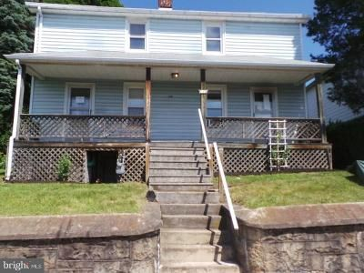 3 Bed 2 Bath Foreclosure Property in Frostburg, MD 21532 - Maple St