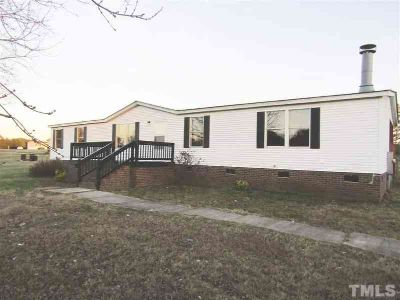 161 BLUEBERRY Drive Selma Three BR, Move in Ready Home!