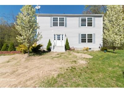 3 Bed 3 Bath Foreclosure Property in Barrington, NH 03825 - Franklin Pierce Hwy