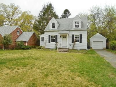 2 Bed 1 Bath Foreclosure Property in Freehold, NJ 07728 - Waterworks Rd
