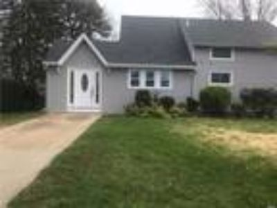 Real Estate Rental - Five BR, Two BA Exp cape