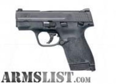 For Sale: BLACK FRIDAY SMITH AND WESSON M&P9 SHIELD M2.0 9MM 11806