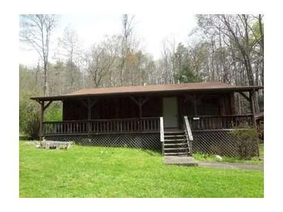 2 Bed 2 Bath Foreclosure Property in Mountain City, TN 37683 - Shingletown Rd