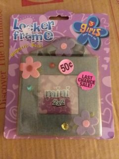 *locker picture frame with magnetic back