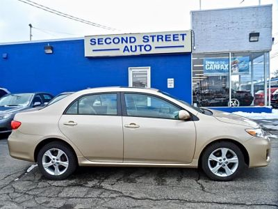 2011 Toyota Corolla Base (Tan)