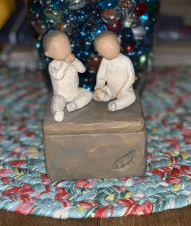 Willow Tree Two Together keepsake box