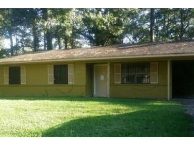 3 Bed 2 Bath Foreclosure Property in Jackson, MS 39212 - Shiloh Dr
