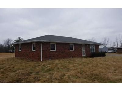 3 Bed 1.5 Bath Foreclosure Property in North Vernon, IN 47265 - North State Hwy 3