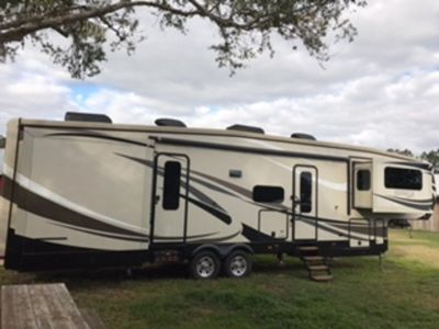 2015 Jayco Pinnacle 38 FLFS