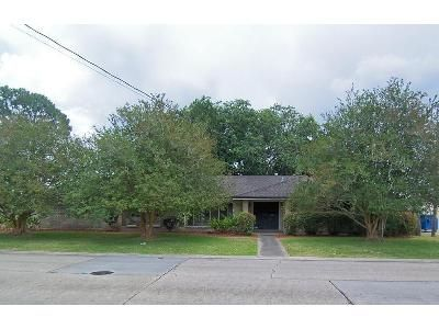 3 Bed 3 Bath Foreclosure Property in Houma, LA 70364 - Highland Dr