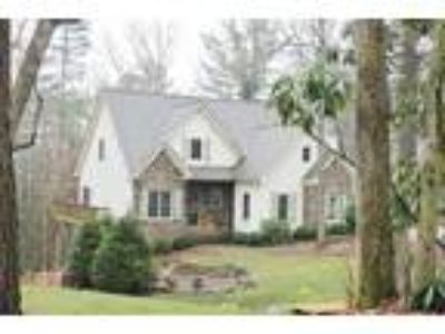 Craftsman Style Home in Highlands, NC!