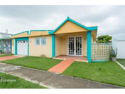 4 Bed 3 Bath Foreclosure Property in Hormigueros, PR 00660 - Hermoso Sh15 Calle Azalea 30