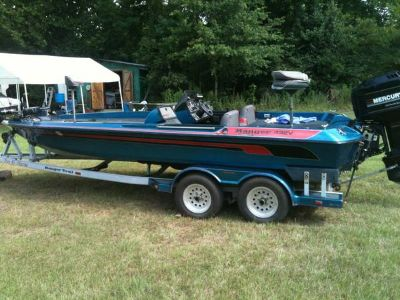 Is your bass boat faded with oxidation (lufkin tx)
