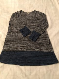 Maternity top - small