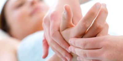 Chiropractic Treatment for Hand Problems