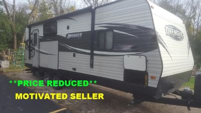 2016 Prime Time Manufacturing Avenger 25RKS Travel Trailer