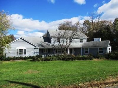 5 Bed 2.5 Bath Foreclosure Property in Sterling, MA 01564 - Griffin Rd