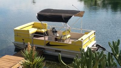 2004 sun tracker 17.5 footer ELECTRIC POWERED pontoon boat FOR residential