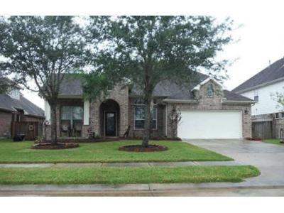 4 Bed 3.5 Bath Preforeclosure Property in Friendswood, TX 77546 - Staghorn Ln
