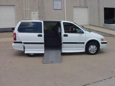 2002 Chevrolet Venture LS (WHITE)