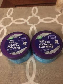 New Clean & Clear Cleansing Clay Mask
