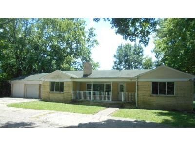 4 Bed 2 Bath Foreclosure Property in Indianapolis, IN 46268 - Westlane Road