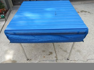 Camp a roll camping table