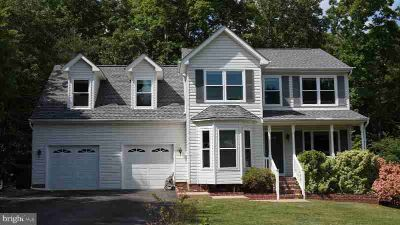60 Hamlin Dr FREDERICKSBURG Four BR, This house is in fantastic