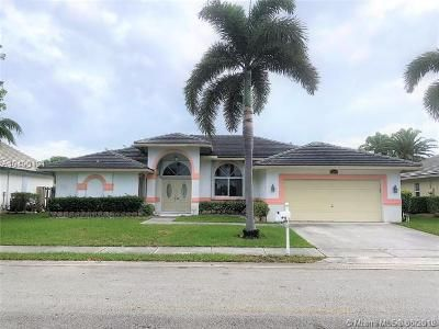 3 Bed 2 Bath Foreclosure Property in Hollywood, FL 33025 - SW 12th St