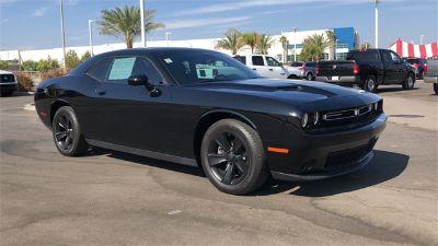2016 Dodge Challenger SXT (Black)