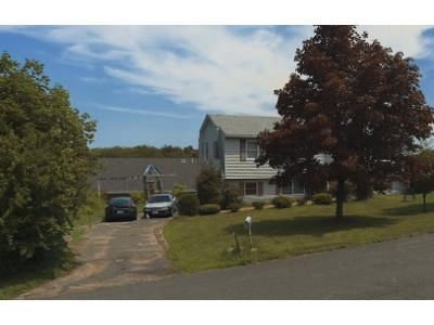 5 Bed 2 Bath Foreclosure Property in Southwick, MA 01077 - Southwick Hl