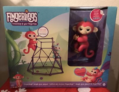 New Fingerlings Coral Aimee Monkey with Jungle Gym 100% Authentic with Receipt of Proof
