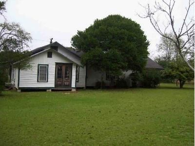 3 Bed 2 Bath Foreclosure Property in Jesup, GA 31546 - Odessa Rd