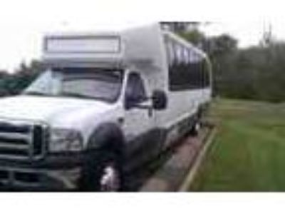 Bus Ford F550 2005