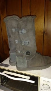 Womens UGG triple button boots size 10