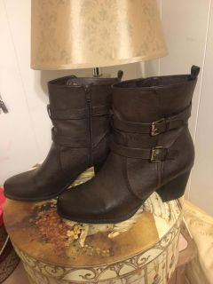 Naturalized Brown Leather Boots