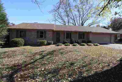 2704 Thompson Drive Bowling Green Three BR, COMPLETELY REMODELED