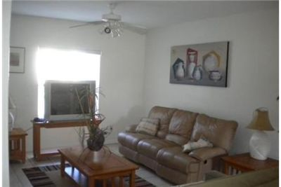 House for rent in Cocoa Beach. Washer/Dryer Hookups!