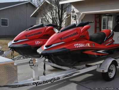 Fast Pair of 2007 Kawasaki Jet Skis Ultra 250X + trailer