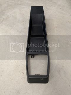 FS: Early Forward Facing Center Console