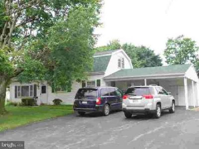 22056 Holiday Dr Smithsburg Five BR, holiday acres home with