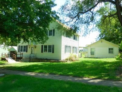 4 Bed 2 Bath Foreclosure Property in Enterprise, KS 67441 - N Bridge St # 8