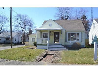 3 Bed 1 Bath Foreclosure Property in Canton, OH 44709 - Ivanhoe Ave NW