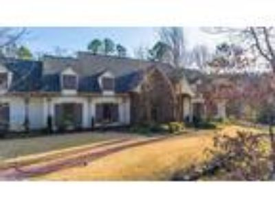 $997000 Four BR 3.50 BA, Little Rock