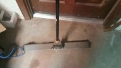 garage broom heavy duty good cond