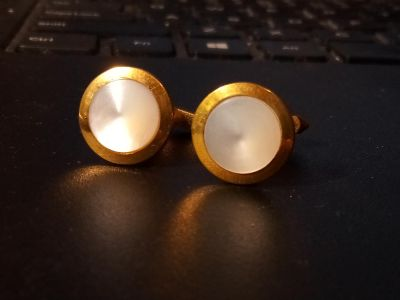 Vintage 12k G.F mother of Pearl cuff links