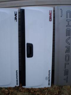 GMC SIERRA Chevy Chevrolet CHEVY TRUCK OEM Silverado Tailgate 2008-2013 OEM RARE