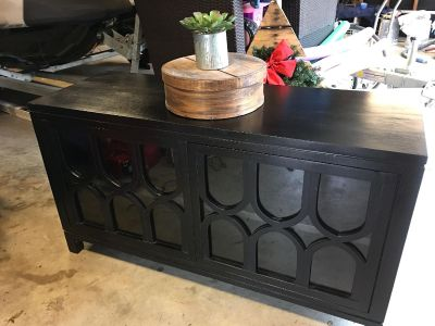 Beautiful tv console. Excellent condition. Just bought, but doesn t fit space. $150.